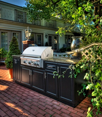 Select Outdoor Kitchens
