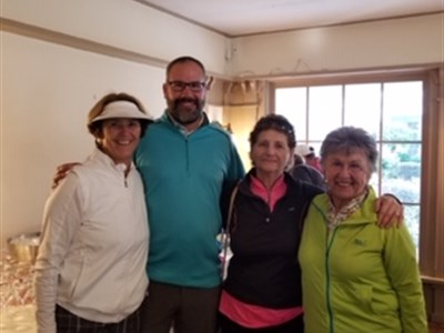 Overall Net Champs - Deb Hengemuhle, Tom Logue, Anita Barreca and Brenda Lozan
