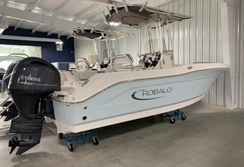2020 Robalo R200 Ice Blue/White #C0196 Boat