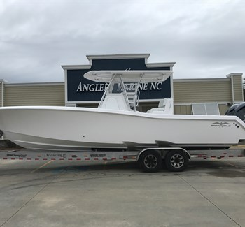 2019 Invincible 33 White New Boat