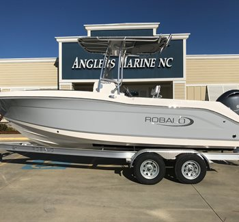 2019 Robalo R200 liquid-unknown-field [type] Boat