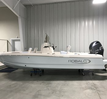2019 Robalo R206S Cayman liquid-unknown-field [type] Boat